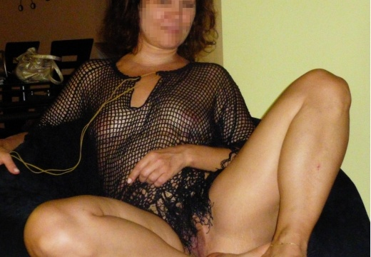Milf Relaxing after work-ol3iYNl