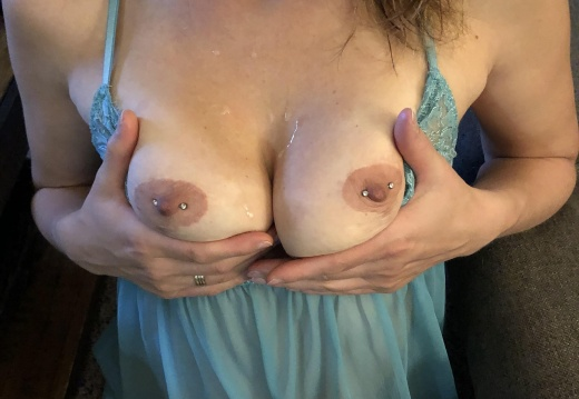 Milf Submissive MIL F32  loves getting on her knees and having her tits covered in cum   Who wants to give her more   -sddp94bpzey21