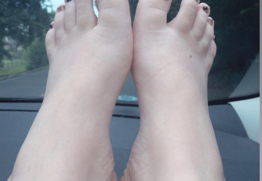 Foot porn Road trip     DMS OPEN-jionlt69t1431